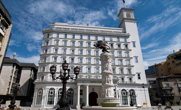 Слика од Хуморот на Шилегов дека работел и градел нема да го спаси од одговорност за дивоградбите, реагираат од ВМРО-ДПМНЕ