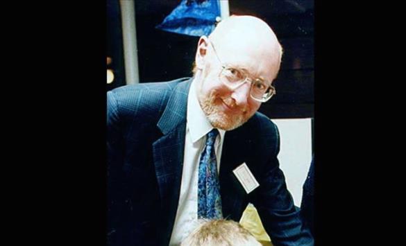 Слика од На 81 година почина сер Клајв Синклер