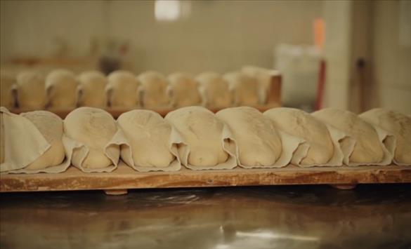 Слика од Асоцијацијата на земјоделци против нови цени на лебот