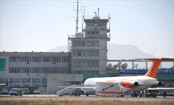 Слика од Меѓународниот аеродром во Кабул отворен за летови