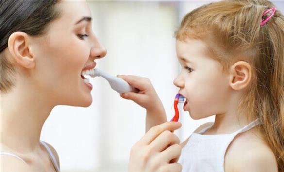 Слика од Зошто благото е штетно за детските заби?
