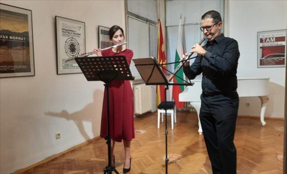 Слика од Концерт на Владимир Лазаревски и Елена Дојчинова во КИЦ во Софија