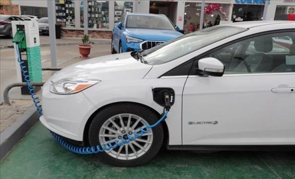 """Слика од Нова """"батерија на иднината"""" за електромобили"""