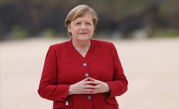 Слика од Меркел во работна посета на Турција