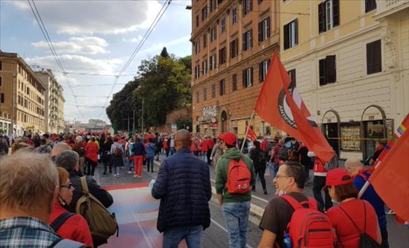 Слика од Антифашистички протест во Рим