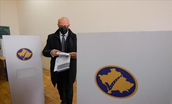 Слика од Косовските лидери повикуваат да се излезе на гласање