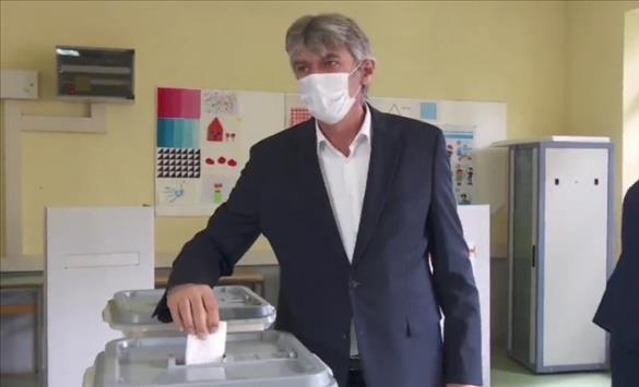 Слика од Села: Oчекувам убедлива победа на опозицијата
