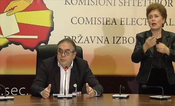 Слика од ЗНМ го осудува односот на Даштевски кон новинарите, од МВР бара да постапи по поплаките на дел од онлајн медиумите