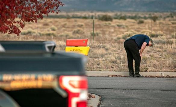 Слика од Трагедија во Холивуд: Алек Болдвин на филмски сет уби камерманка и го рани режисерот