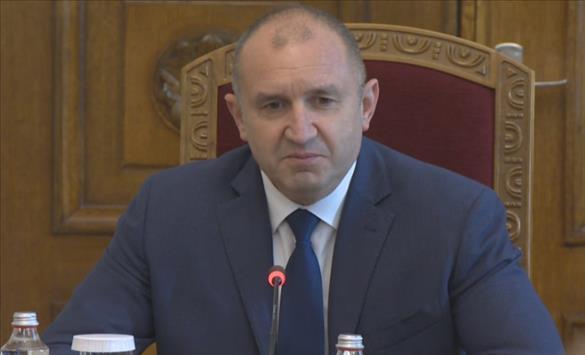 Слика од Румен Радев го прекршил бугарскиот Устав со назначувањето на Кирил Петков за министер за економија