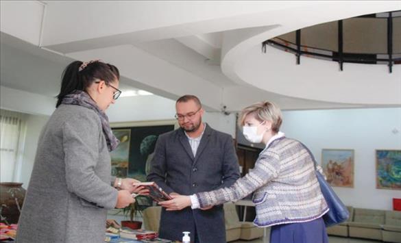 Слика од Есенски саем на книга во Валандово