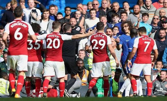 Слика од Добитници на ваучери од натпреварот Челзи - Арсенал