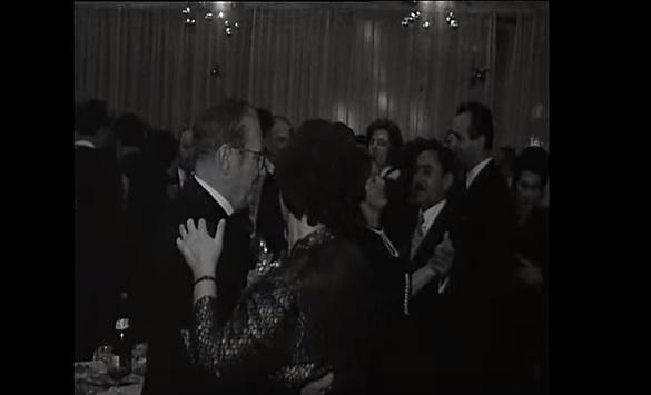 Слика од Како се славеше Новата година во Бивша Југославија (Видео)
