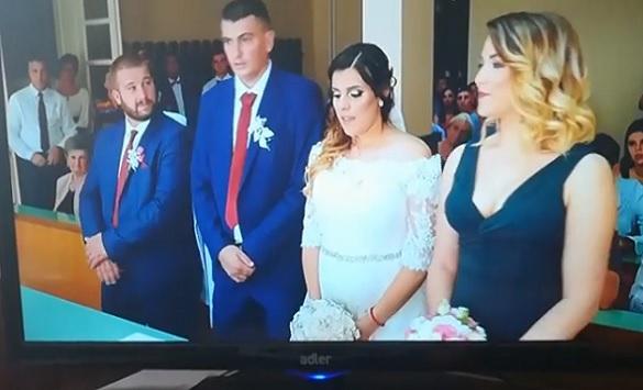 Слика од Инстаграм хит: Мамо, може ли да се оженам? (Видео)